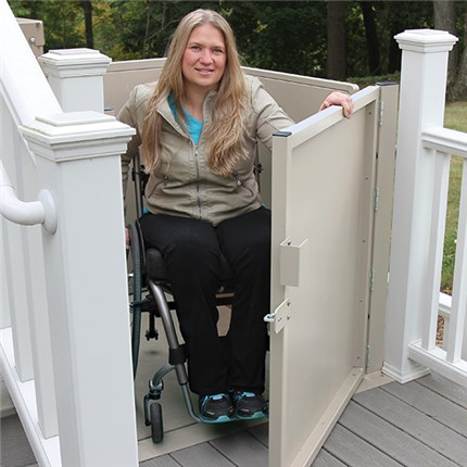WHEELCHAIR LOS ANGELES PORCH LIFTS LA VERTICAL PLATFORM WHEEL CHAIR LIFT